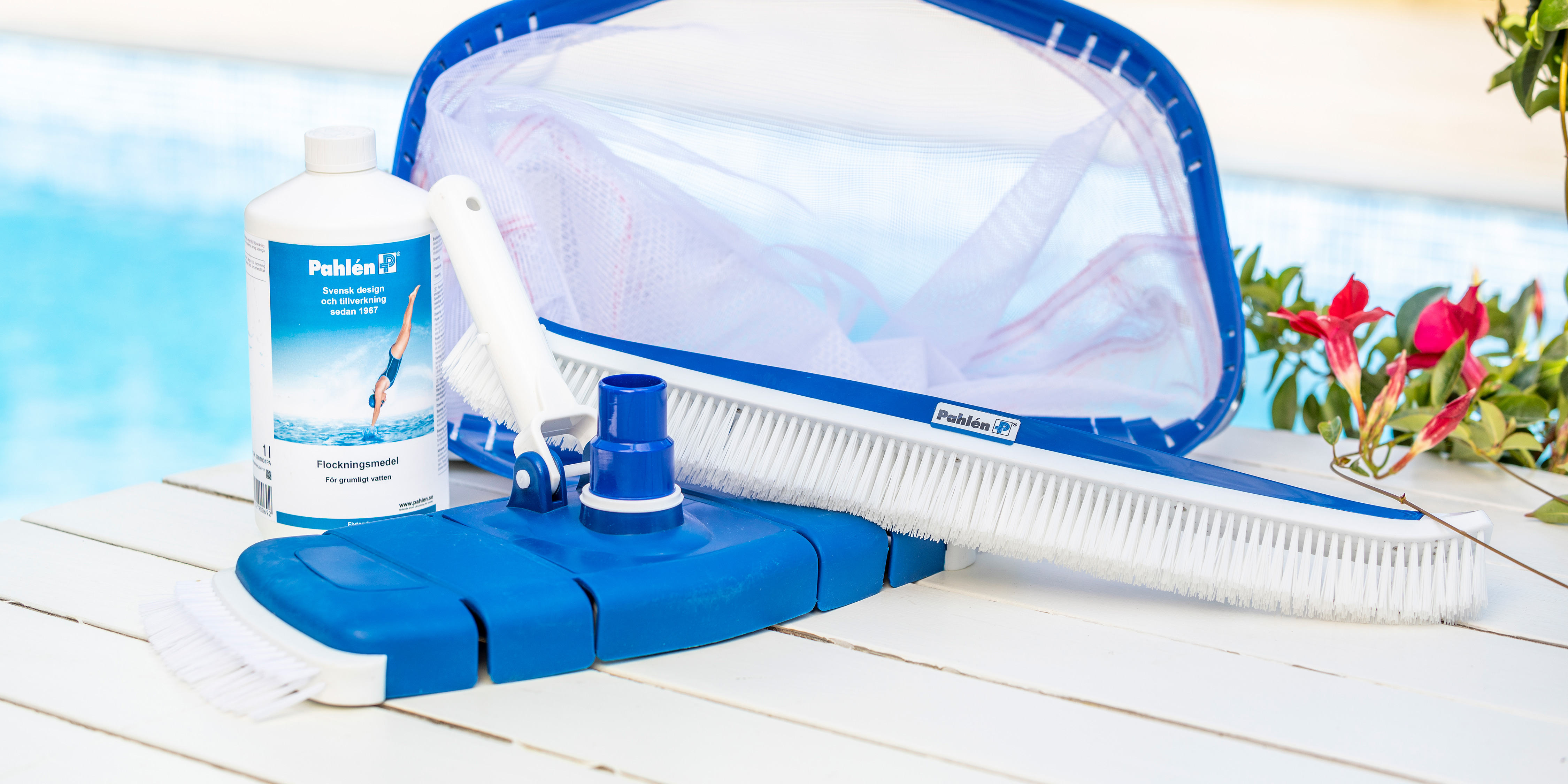 Accessories vacuum cleaning you swimming pool